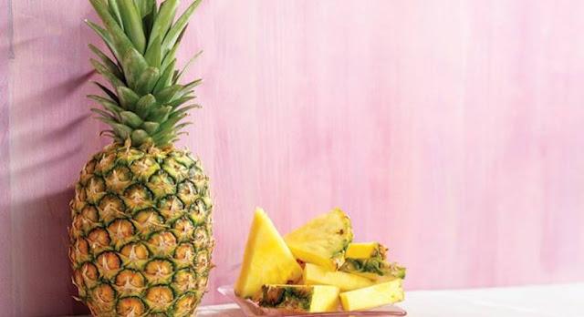 ananas-to-tropiko-froyta-poy-prepei-na-entaxete-simera-sti-diatrofi-sas