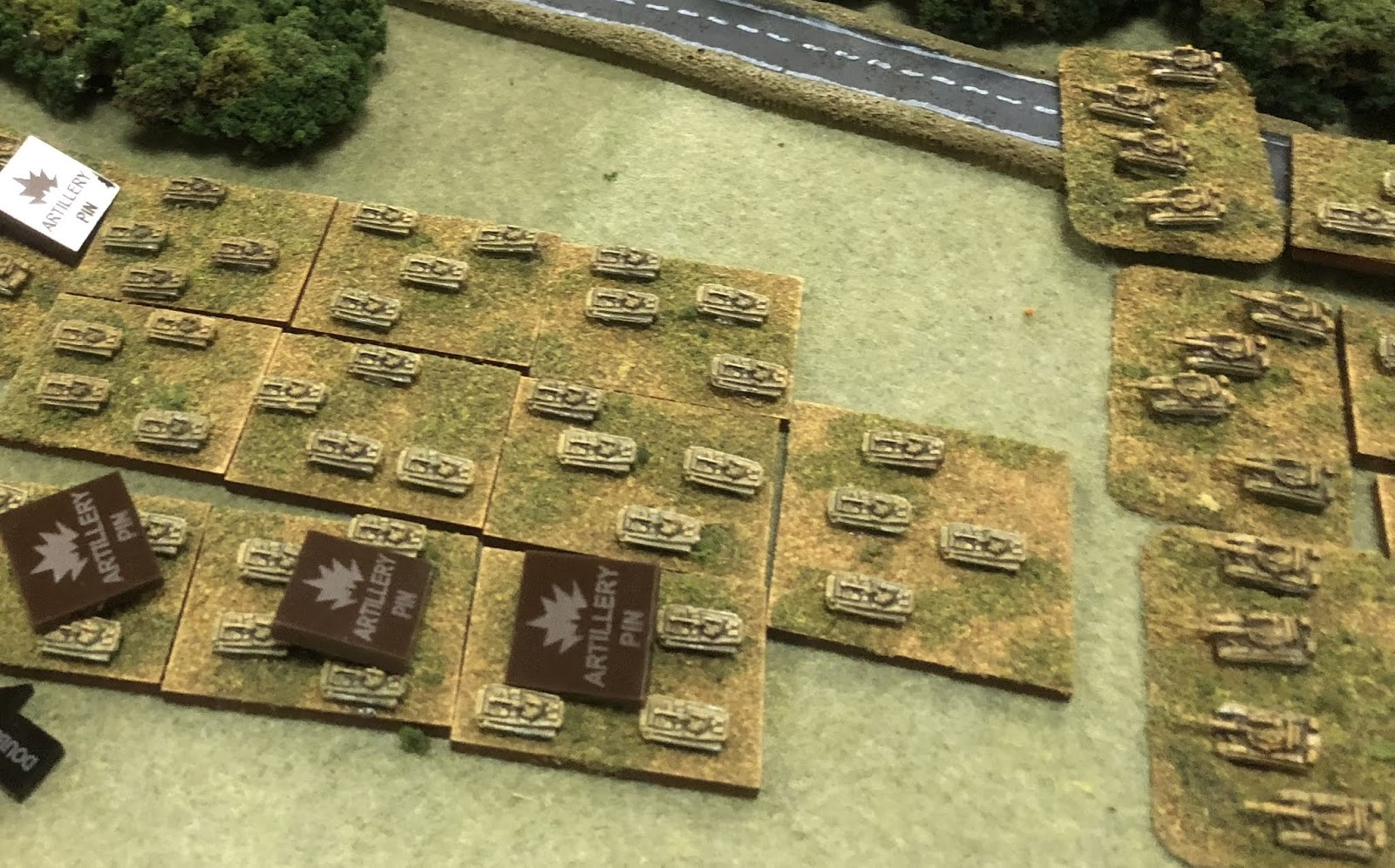 TinyTanks 3mm Blog: French vs Soviets 1985 - Campaign Game #1