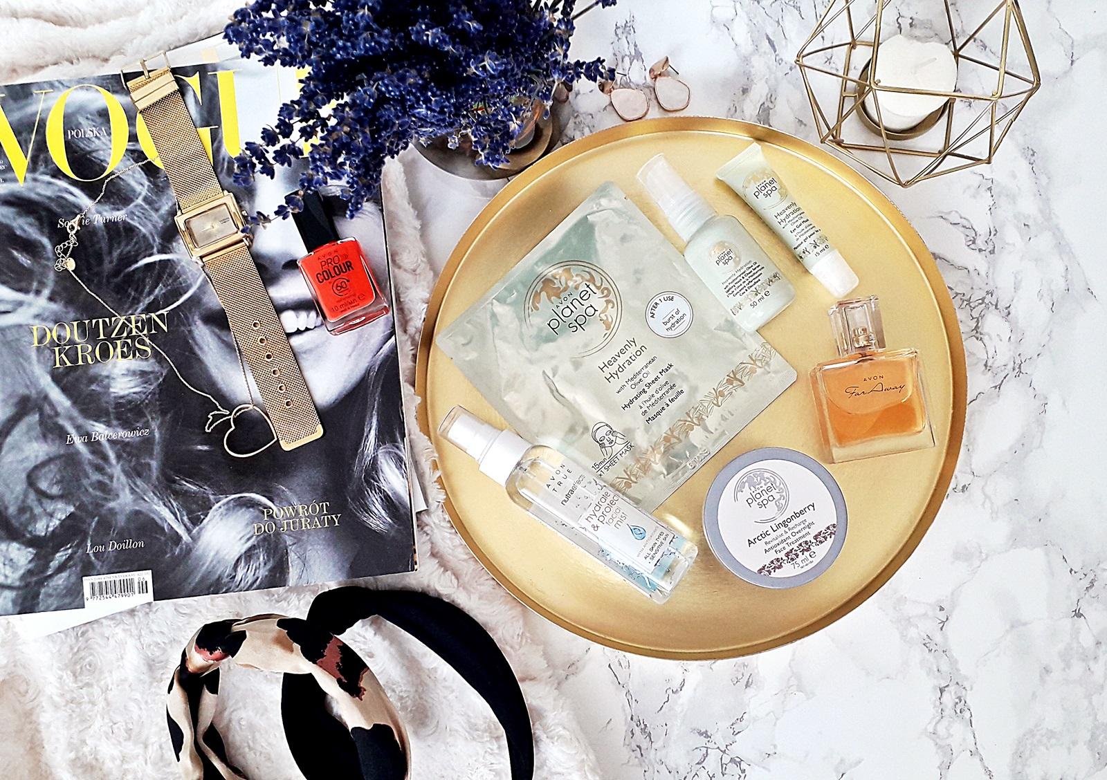 Co nowego w Avon? -  idealny lakier na lato, zapomniane perfumy i kilka fajnych produktów do pielęgnacji