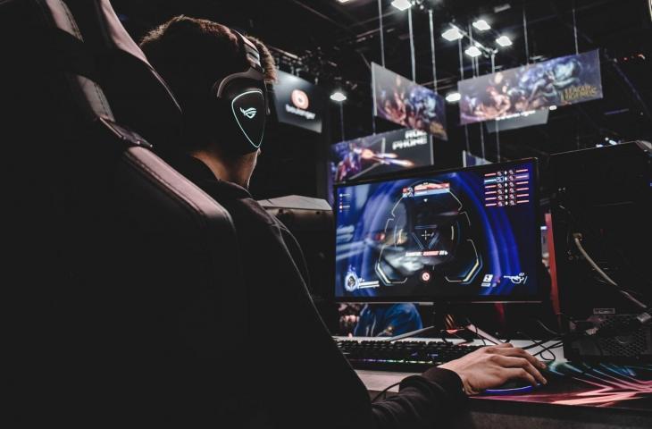 4 Peralatan Gaming ROG yang Harus Dimiliki Gamer