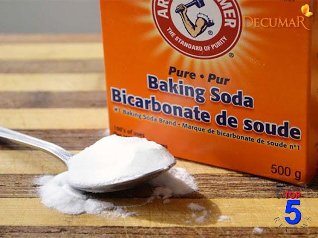 Cách Trị mụn cám bằng bột baking soda