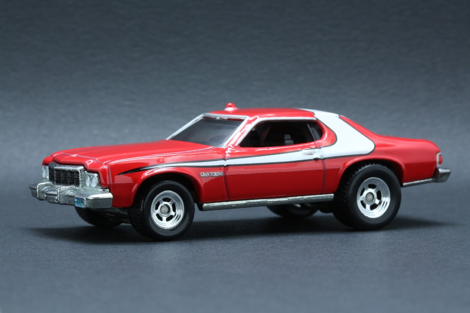 diecast hobbist 1976 ford gran torino starsky hutch. Black Bedroom Furniture Sets. Home Design Ideas