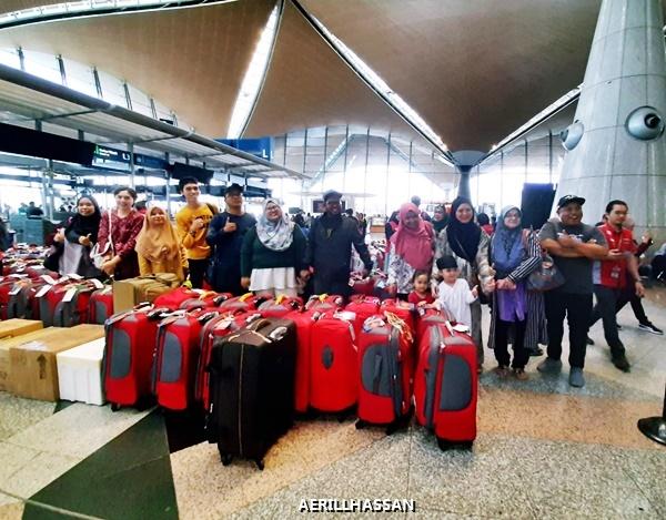 Tunaikan Umrah Bersama Emraz Travel | Penerbangan Tempah Khas Pertama