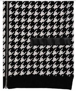 Chaqueta cuello cero con cremallera central y patrón geométrico