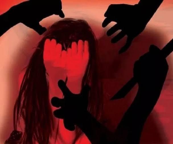 CRIME : नाबालिग स्कूली छात्रा ने शिक्षक पर लगाया दैहिक,आर्थिक व मानसिक शोषण का आरोप,पुलिस ने आरोपी शिक्षक के खिलाफ दर्ज किया मामला।