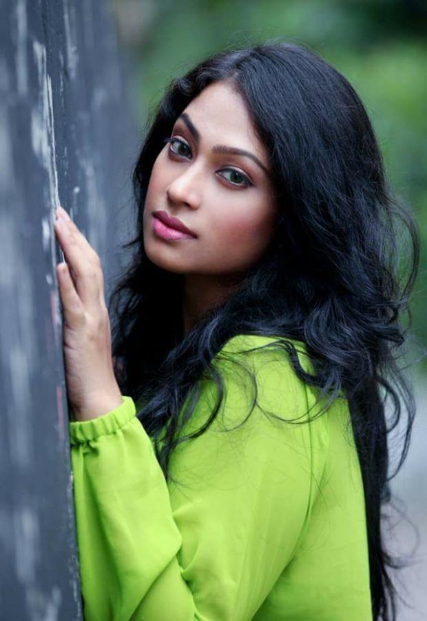 Sadika Parvin Popy Biography & Images 17