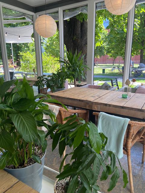 Kwiaciarnia bistro - restauracja przy Starym Browarze przyjazna dzieciom