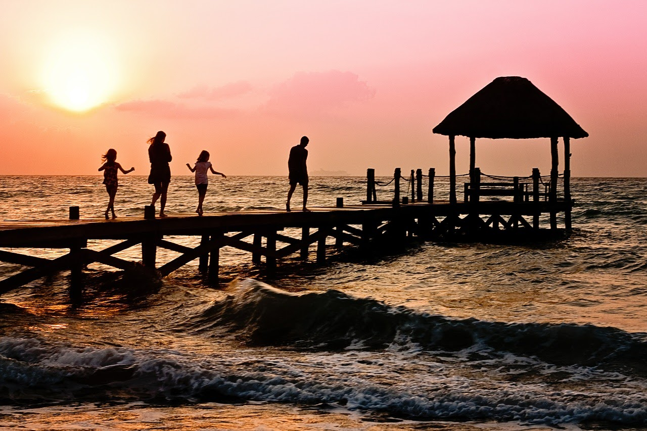 , Essential Tips for Planning a Family Holiday Abroad