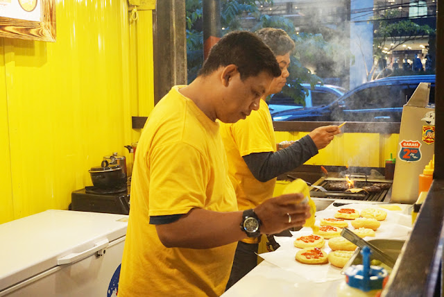 burger enak di Bandung