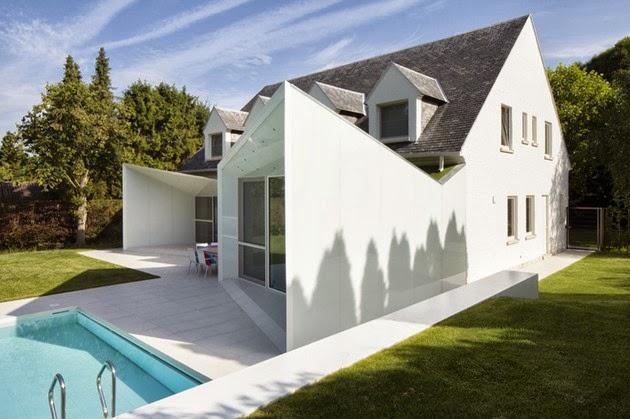 4 Rumah Modern Kecil dengan Kolam Renang desainrumahtips.blogspot.com