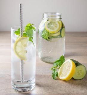 Resep Infused Water untuk mengecilkan perut