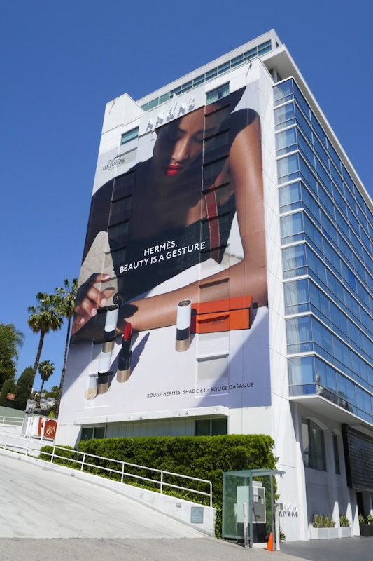 Hermès Beauty is a gesture Shade 64 billboard