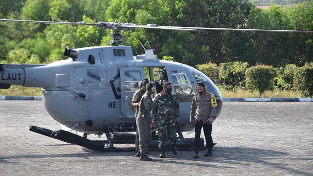 Kapolres Tanjungpinang Bersama Danwing Udara I Pantau Karhutla Dengan Patroli Udara