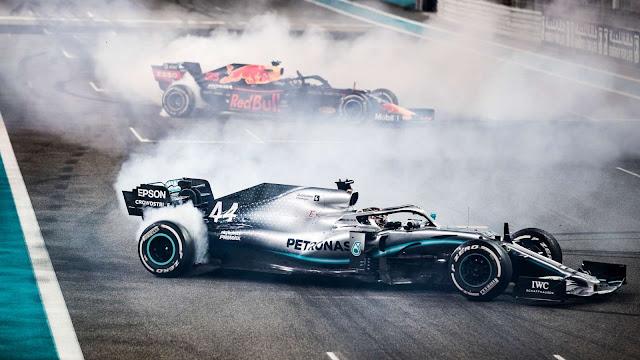 Lewis Hamiltom Mercedes i Max Verstappen Red Bull Racing