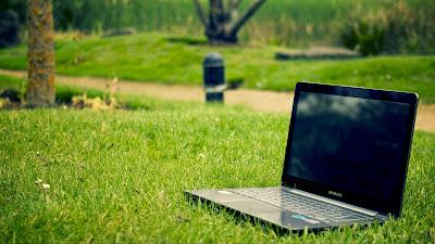 Cara Mengatasi Layar Laptop Blank Hitam Tapi Hidup