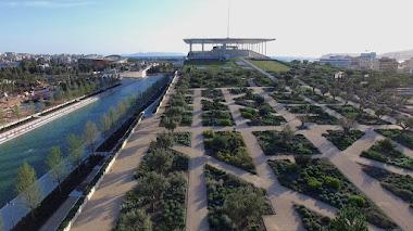 Parque Stavros Niarchos en Atenas: plantado solo con plantas mediterráneas tolerantes a la sequía