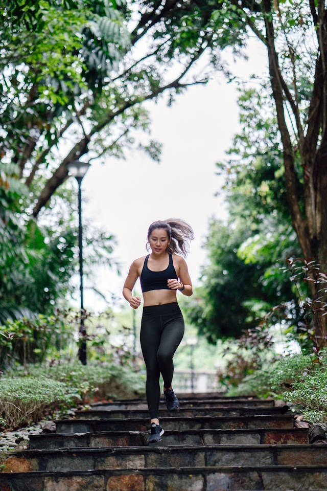 What influences weight loss more between diet and exercise