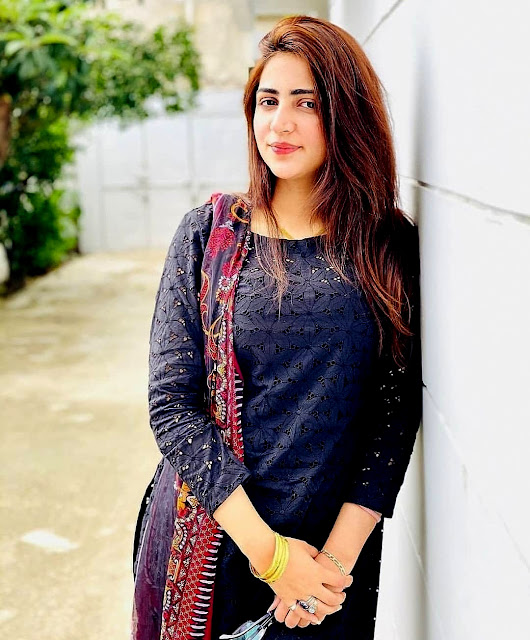 girl wallpaper pictures download indian beautiful girl wallpaper photo