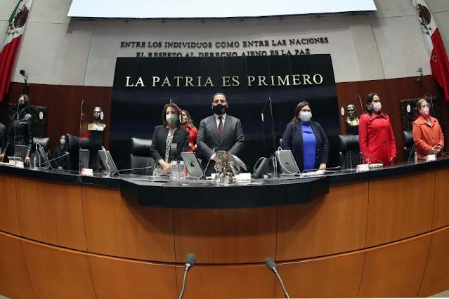 Minuto de silencio por el feminicidio de Mariana Sánchez Dávalos
