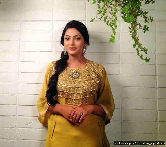 BD Actress Nipun Profile Wiki Biography Photo Hot