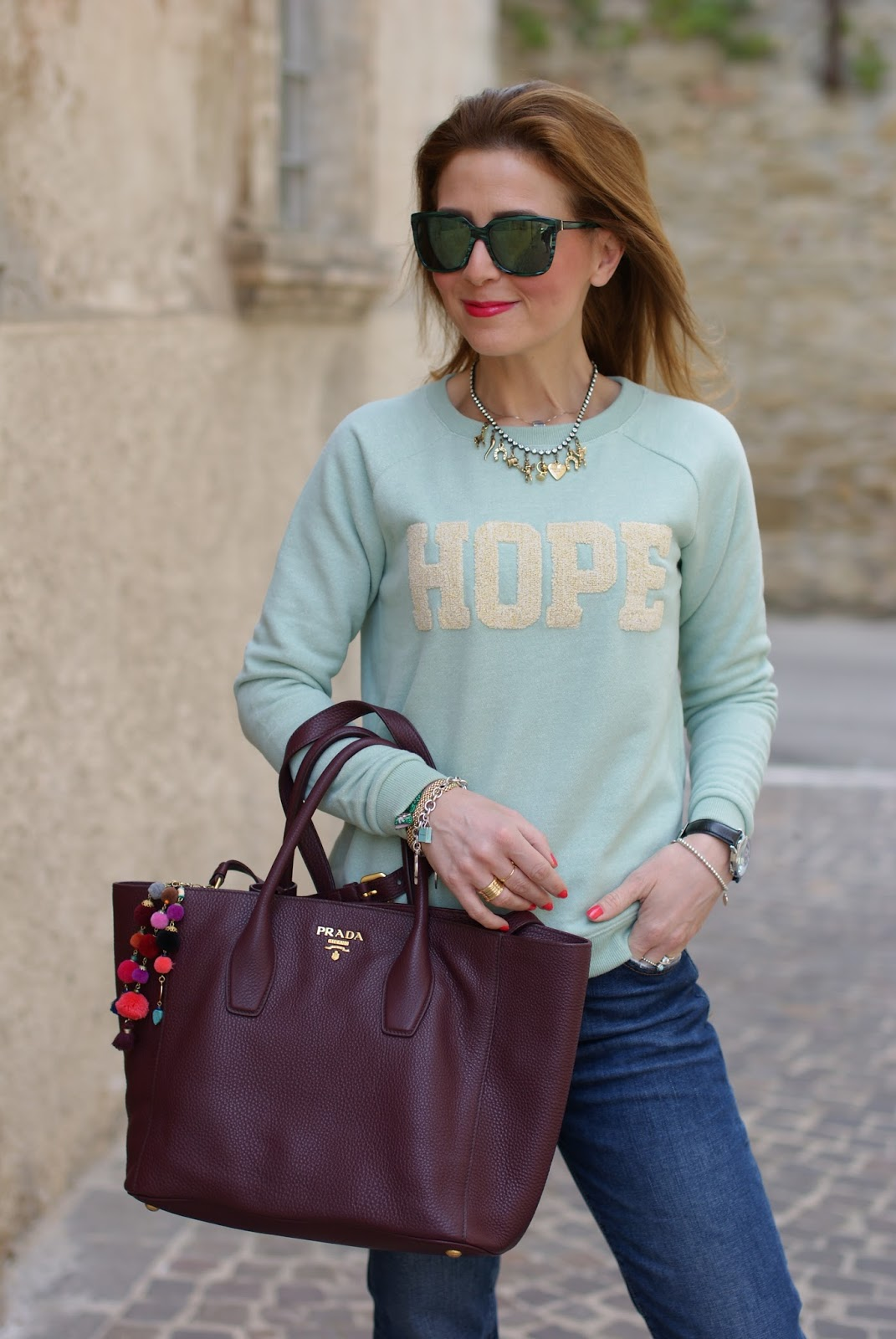 Simple casual outfit with Hope sweatshirt on Fashion and Cookies fashion blog, fashion blogger style