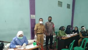 Monitoring Vaksinasi Covid-19, Binmas Pasirjambu Polresta Bandung di Desa Sugihmukti