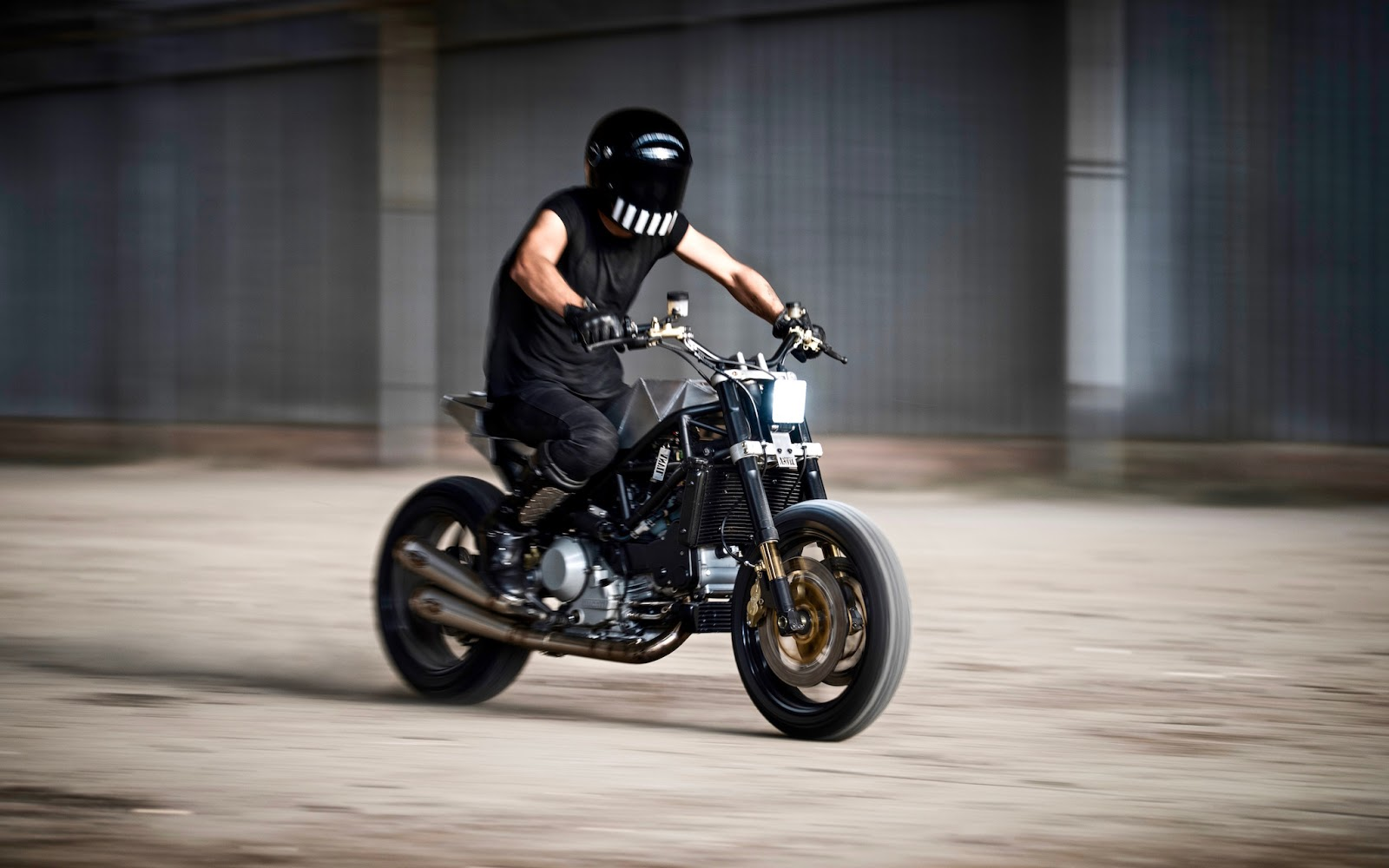 The Warthog Is An Early 2000 Ducati Monster S4R Turned Into Street Tracker