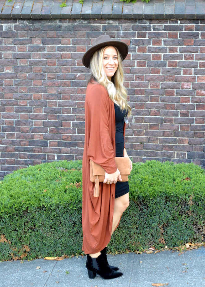 Fall Duster outfit side profile