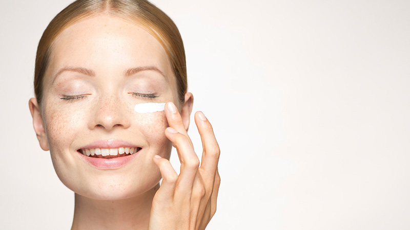 The Reason You Should Be Using a Retinoid