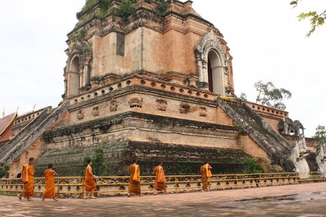Visitar CHIANG MAI e conhecer um país de templos | Tailândia
