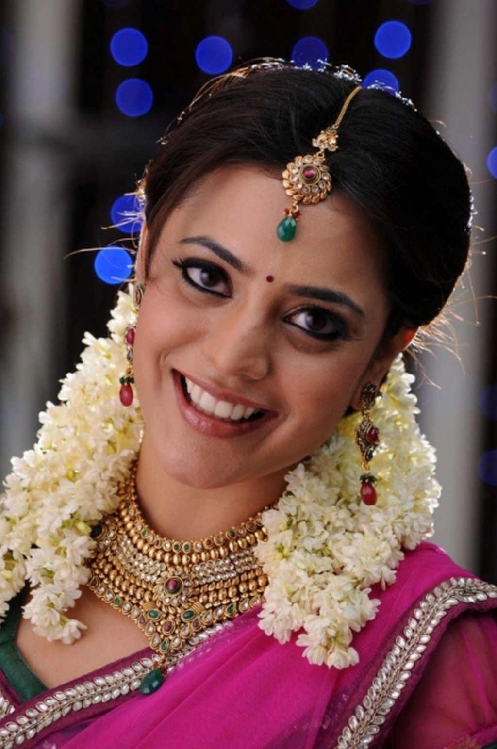 Nisha Agarwal smile, Nisha Agarwal lovely photos, Nisha Agarwal sweet photos