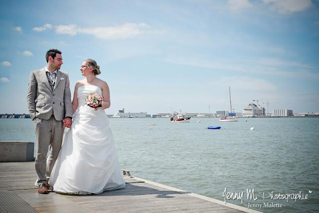 séance couple mariés sur la côte atlantique, océan, bateaux