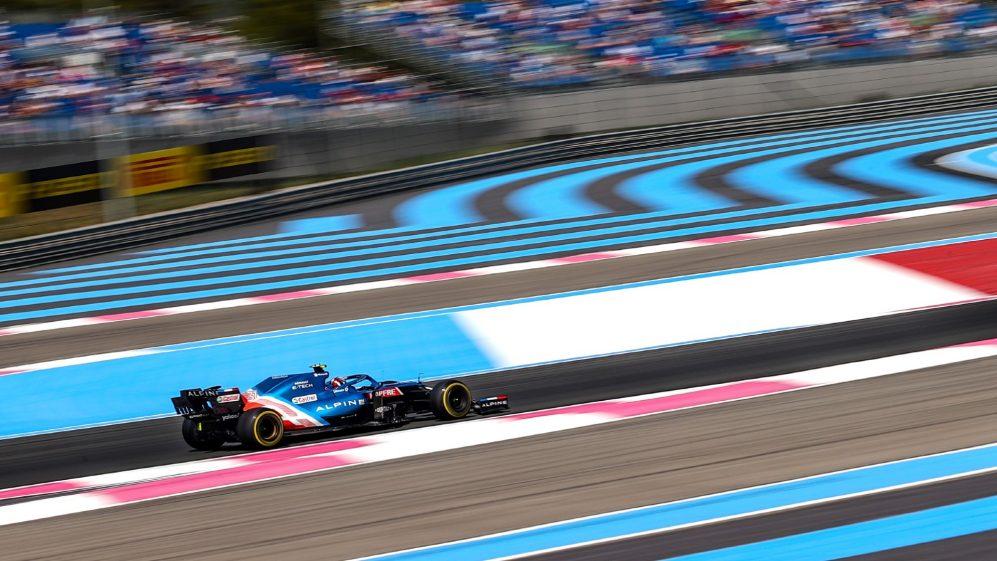 Alonso e Ocon aliviados que Alpine estão de volta ao ritmo mais normal com exibições entre os cinco primeiros nos treinos da França