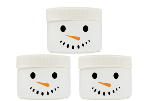 Icy-cold snowman slime recipe for kids winter play #snow #snowslimerecipe #snowmanslime #slimerecipe #slimeforkids #growingajeweledrose