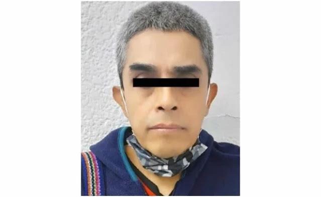 """Sujeto paga celular a una mujer para que le deje """"t@car"""" a su hija de 12 años en Atizapán"""