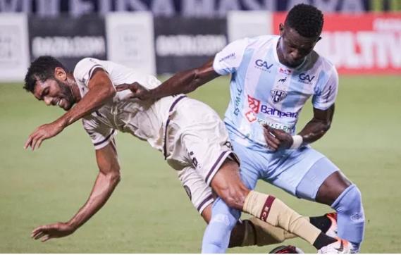 Paysandu vence o Jacuipense jogando em Pituaçu
