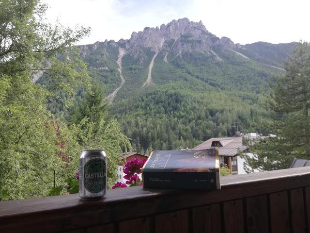 leggere-sul-balcone