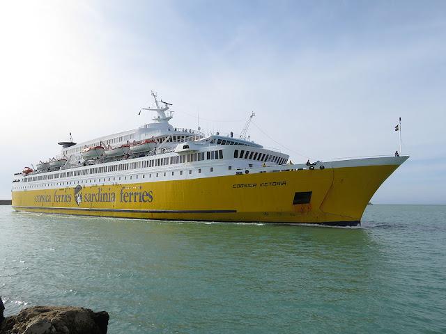 Traghetto Corsica Victoria, IMO 7305253, porto di Livorno