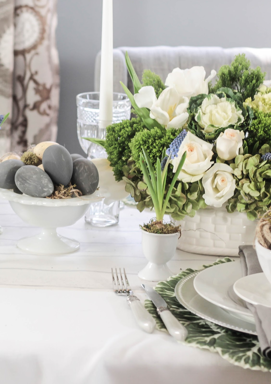 Shabby sweet cottage neutral easter table for Pretty html table
