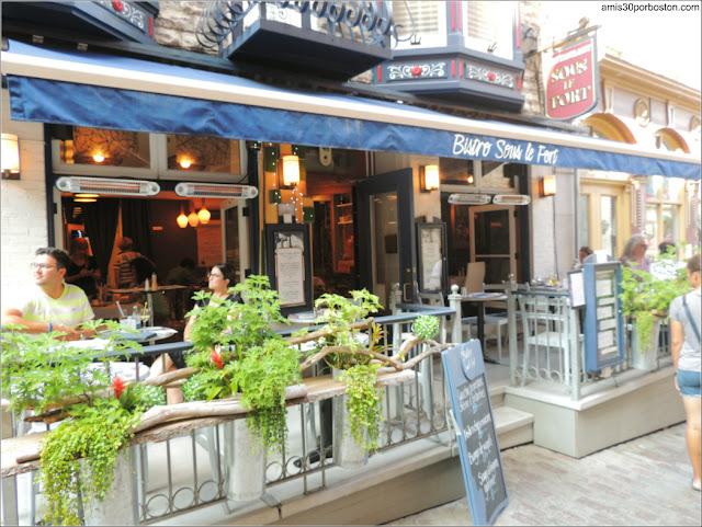 Restaurante Bistro Sous le Fort en el Viejo Quebec