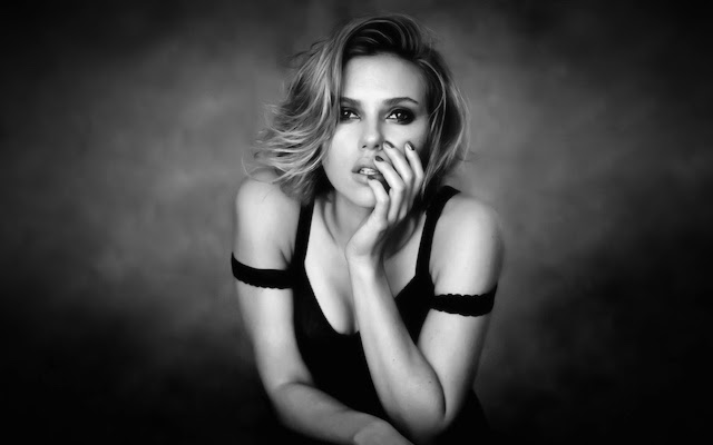 20 Best Scarlett Johansson hot black and white HD Wallpapers