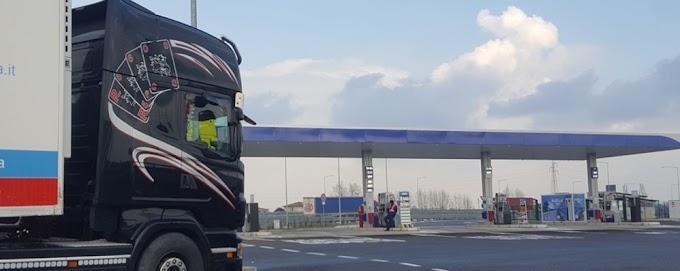 Coronavirus, in Lombardia si valuta la chiusura dei trasporti e delle attività produttive