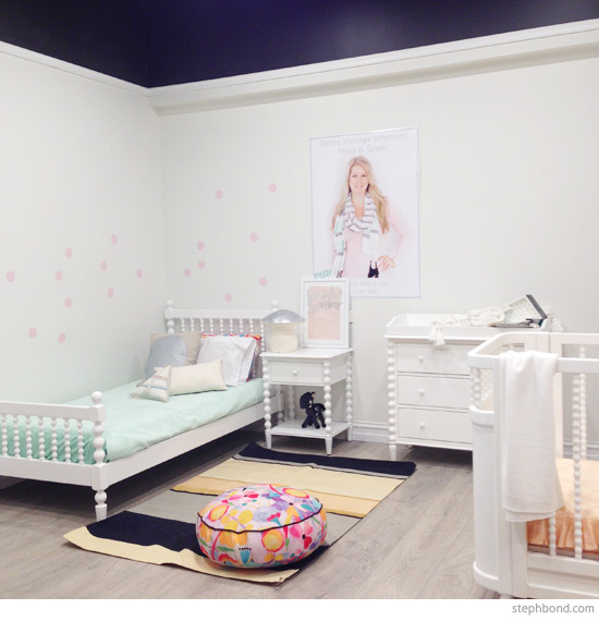 There's something about the emptiness or untidiness of an undecorated room that instantly strikes anxiety into the heart of a type a personality. Bondville: Kids Bedroom Decorating Advice from Petite