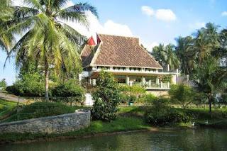 medan hotel deli river