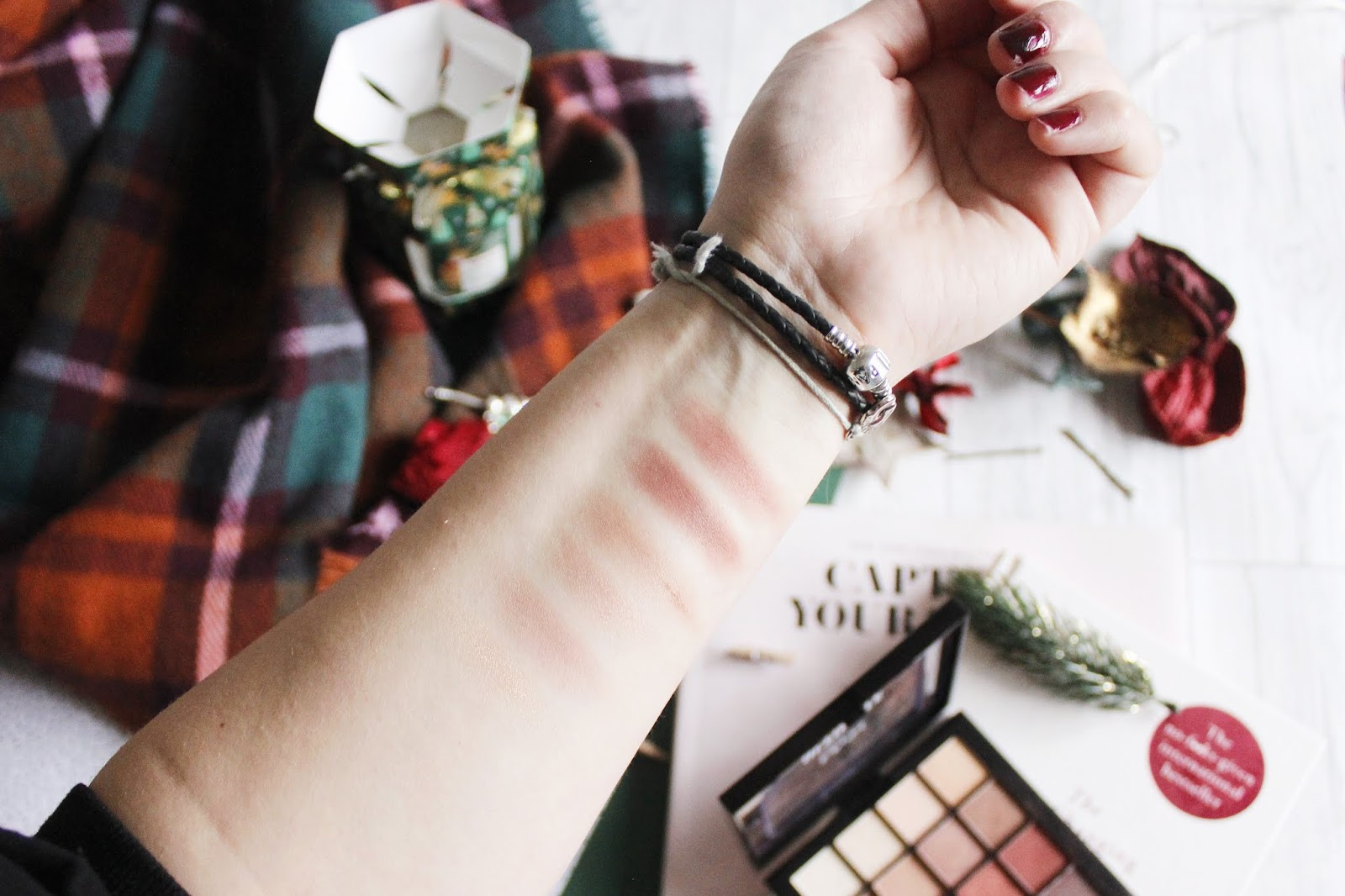 nyx warm neutral palette review - see the stars
