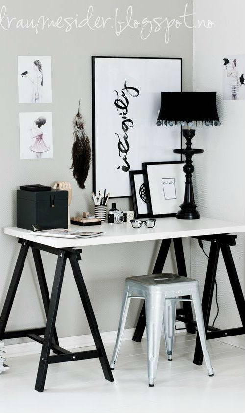 stylish black and white home decoration