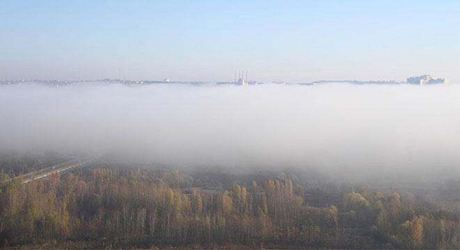 Hevsel Bahçeleri sis ile kartpostallık görüntülere sahne oldu