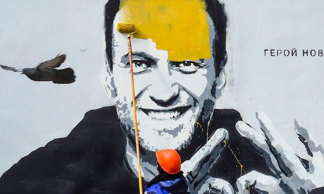 """Russia: la Duma approva il ddl che mette fuori gli """"estremisti"""" dalle elezioni per 5 anni, in pratica legge anti-Navalny"""