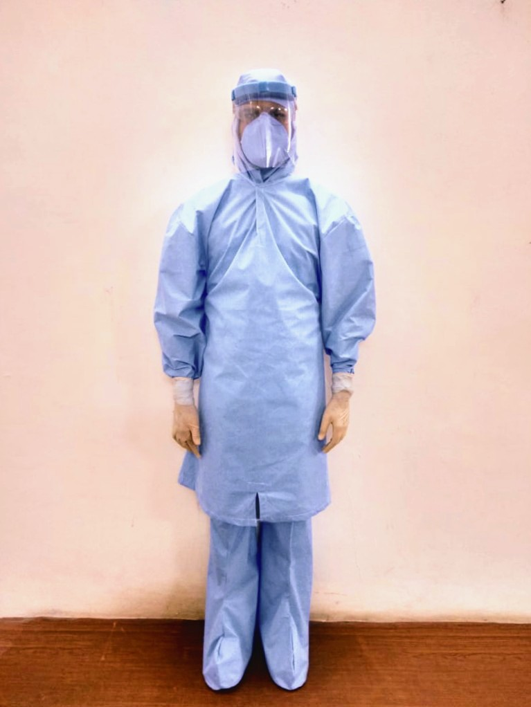PPE-which-is-made-by-a-doctor
