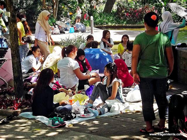 Farofada no parque Kowloon, coração da ilha de Hong Kong